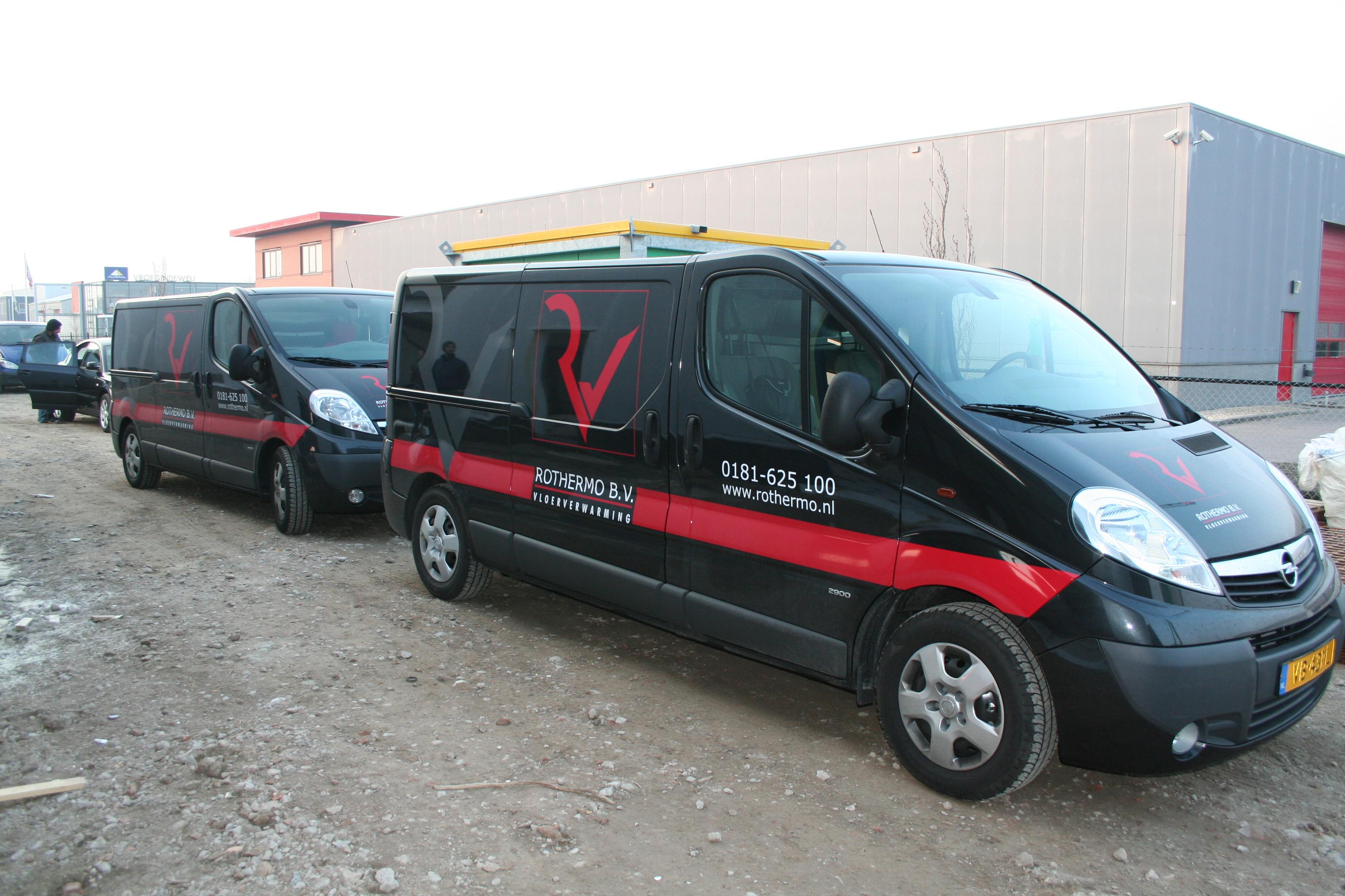 Bedrijfsbussen Rothermo Vloerverwarming Pictures